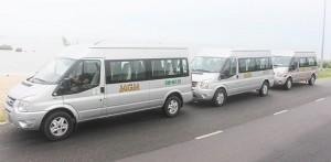 Cho thuê xe du lịch Ford Transit 16 chỗ cao cấp