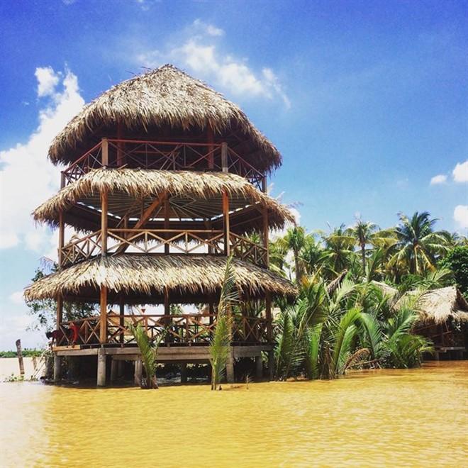 Thuê xe du lịch 16 chỗ đi KDL Lan Vương và những điều nên biết