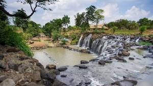 Thuê xe du lịch 45 chỗ đi thác Đá Hàn - Đồng Nai cuối tuần