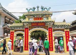 Kinh nghiệm thuê xe du lịch 45 chỗ đi hành hương Châu Đốc - Hà Tiên