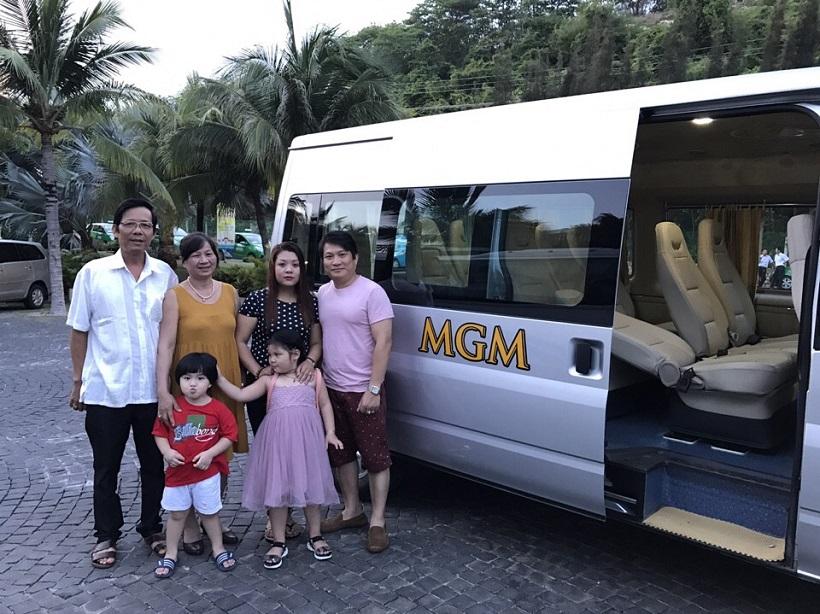 Cho thuê xe du lịch 16 chỗ cao cấp tại TPHCM