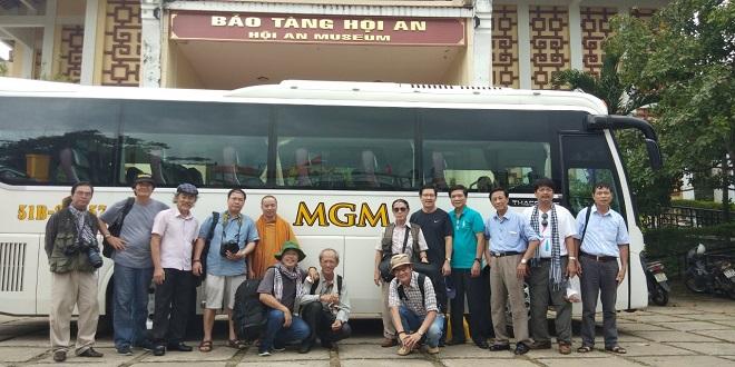 Dịch vụ cho thuê xe đi tour du lịch