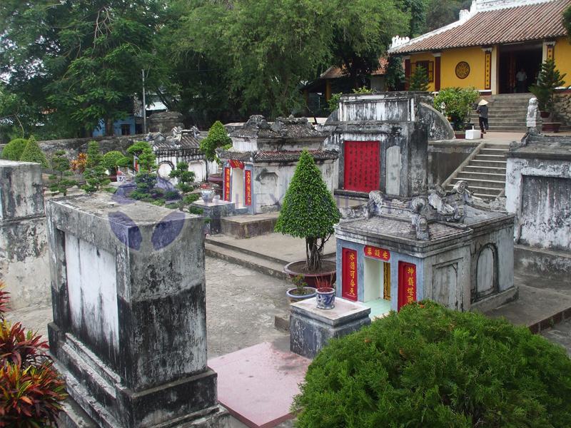 Lăng Thoại Ngọc Hầu Châu Đốc An Giang - ThueXeTaiDay