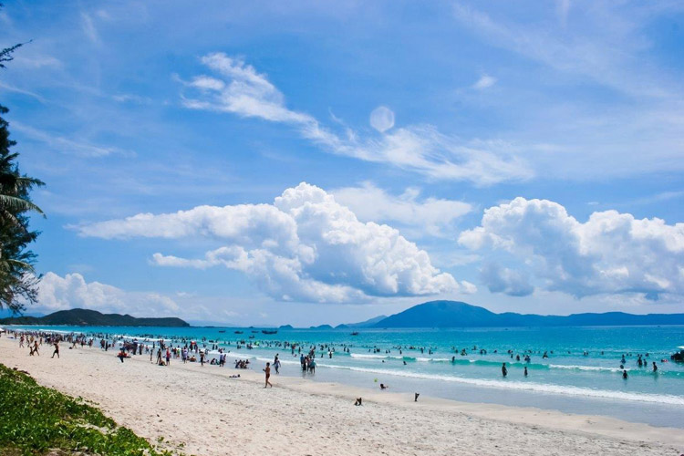 Những cung đường biển ngập nắng và gió ở Việt Nam